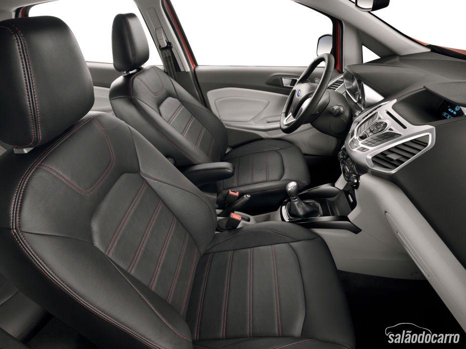 Interior Ford EcoSport Titanium 2.0