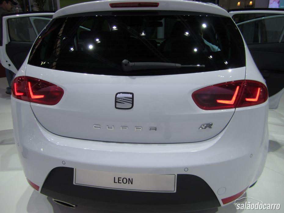 Seat Leon no Salão do Automóvel - Traseira