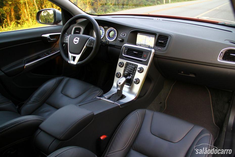 Volvo V60 T5 Comfort R-Design galeria - Foto 4
