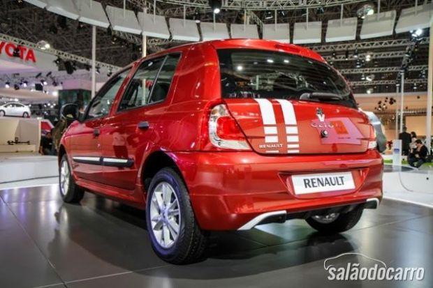Renault Clio adesivado