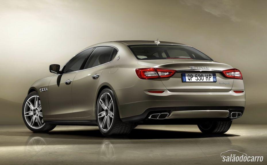 Sedan Quattroporte deve chegar em 2013