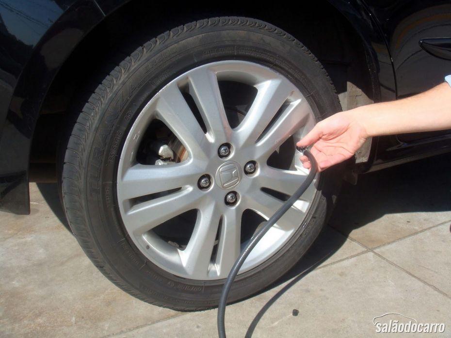 Cuidaods na calibragem de pneus