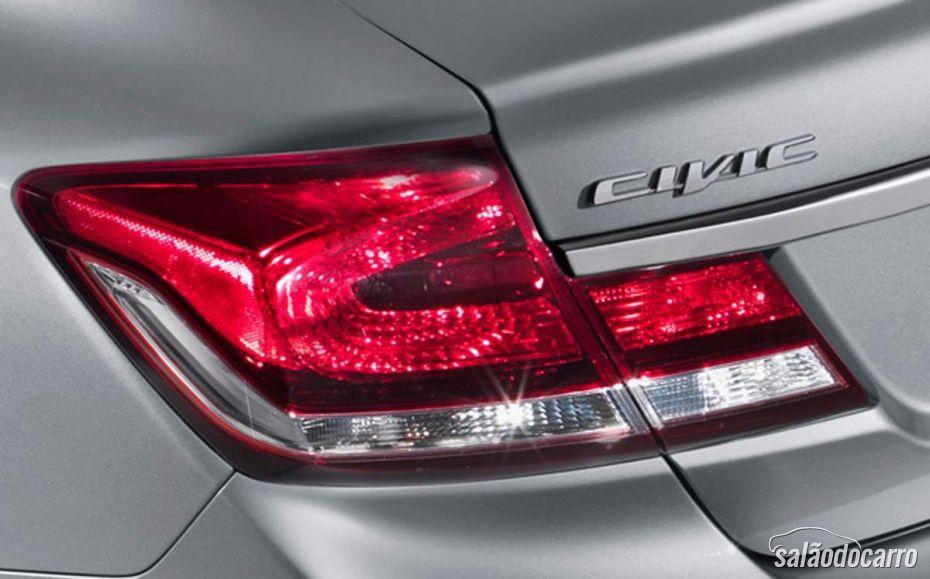 Honda Civic 2013 - Detalhe da lanterna traseira