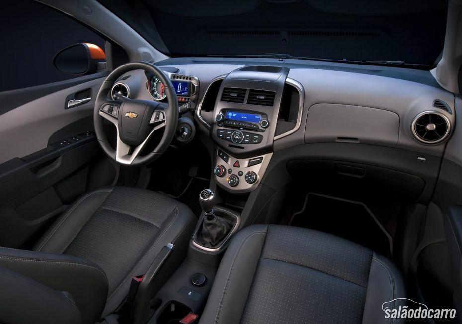 Chevrolet Sonic - Foto 5