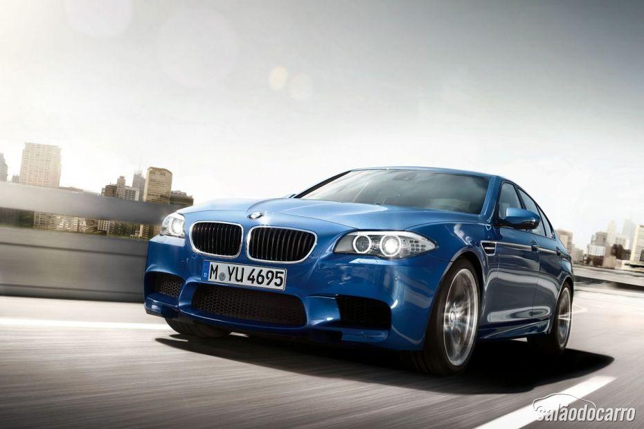 BMW M5 4.4 V8 - Foto 4