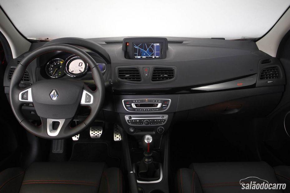 Interior do Fluence GT