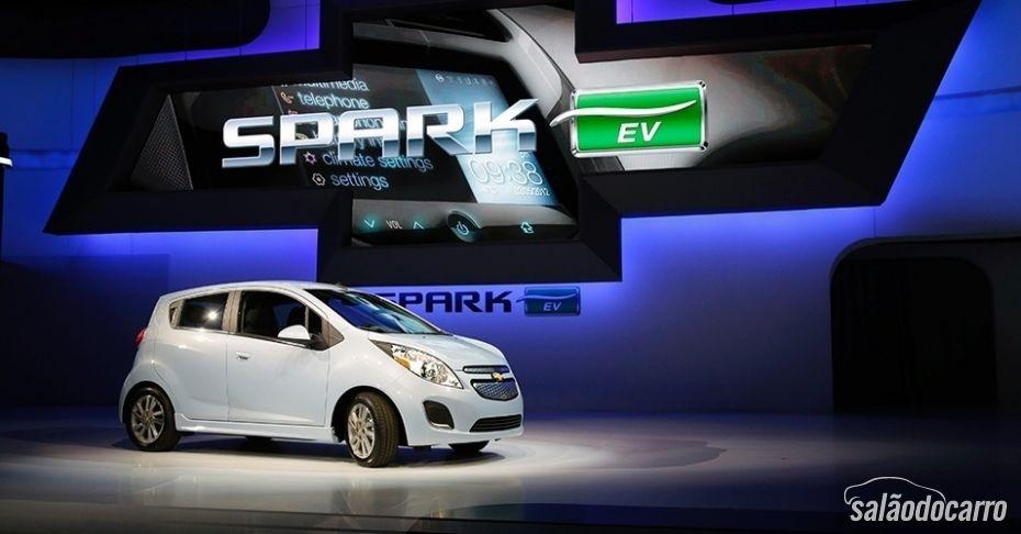 Spark, da Chevrolet, também poderia ser adaptado para sistema de recarga sem fio.