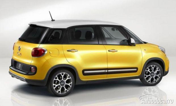 Espaço é destaque no Fiat 500L