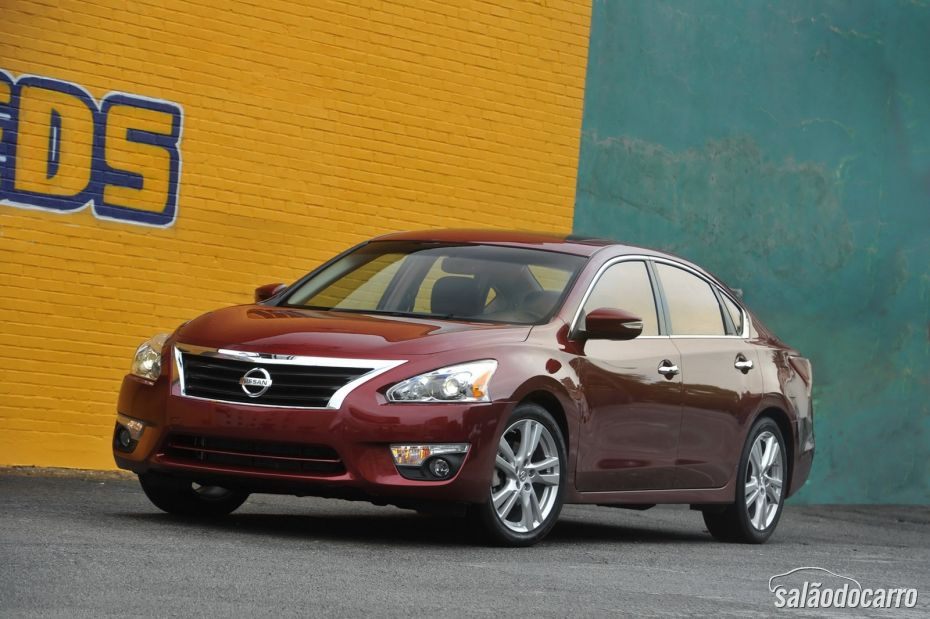 Nissan Altima - Foto 6