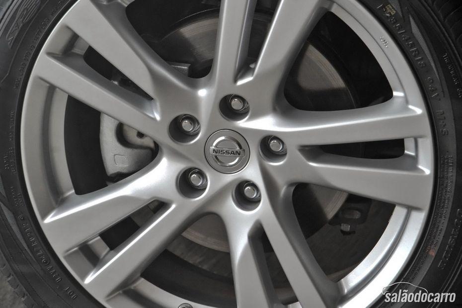 Nissan Altima - Foto 9