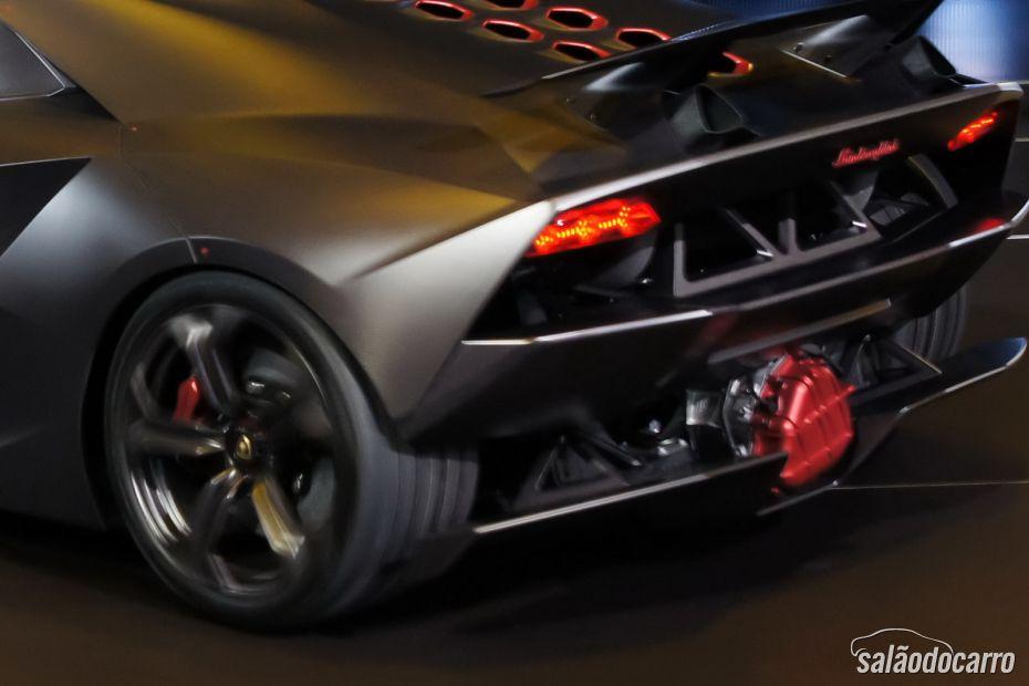 Lamborghini Sesto Elemento - Foto 2