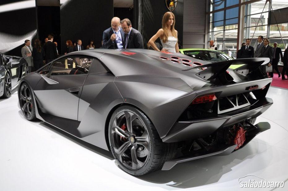 Lamborghini Sesto Elemento - Foto 6