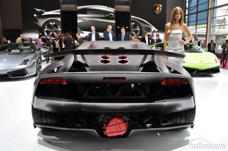Lamborghini Sesto Elemento - Foto 7