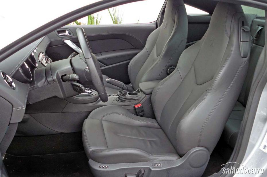 Peugeot RCZ - Interior - Foto 2