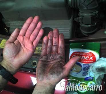 lenços umedecidos limpeza carro