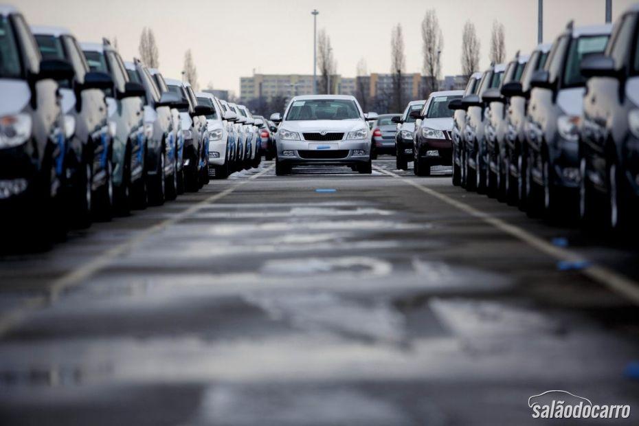 China segue liderando mercado de automotivos.