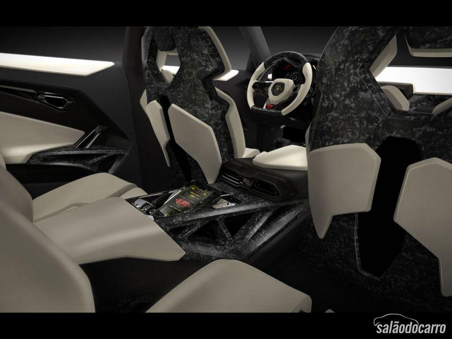 Lamborghini Urus terá acabamento diferenciado.