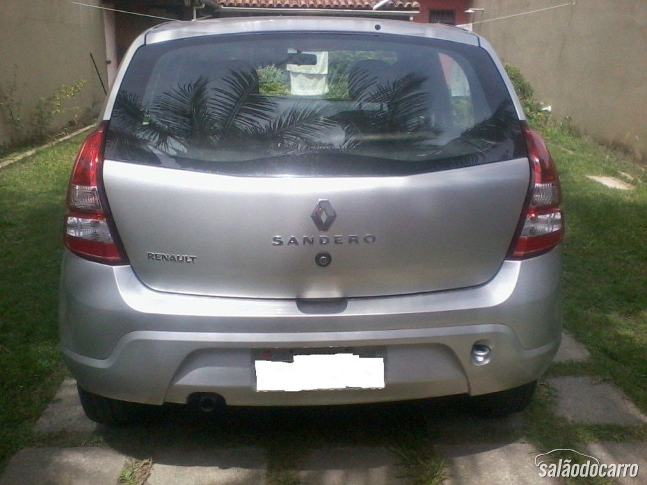 Renault Sandero - Traseira