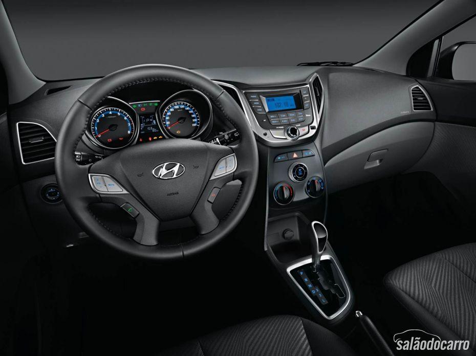 Hyundai HB20S - Interior
