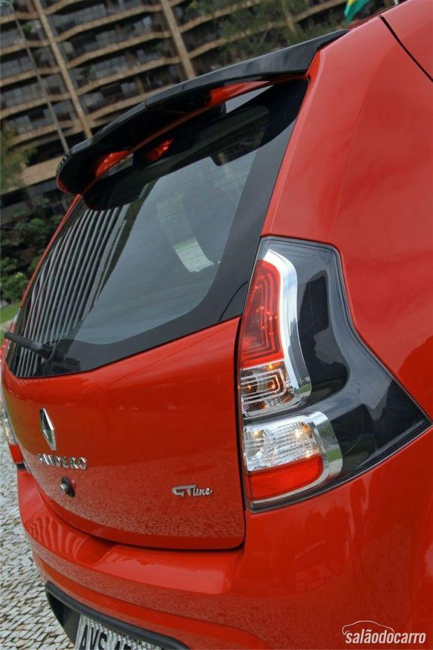 Renault Sandero GT-Line - Detalhe da Lanterna