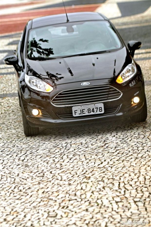 Frente do New Fiesta Titanium