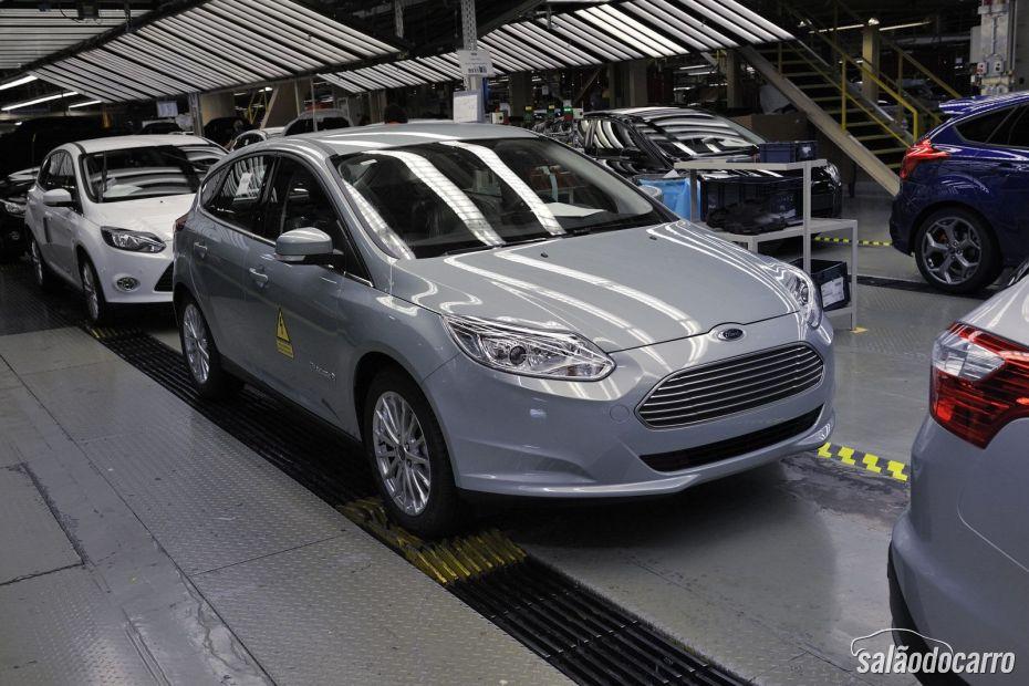 Focus Electric na linha de montagem.