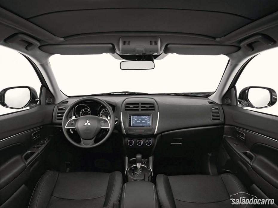 Interior do Mitsubishi ASX