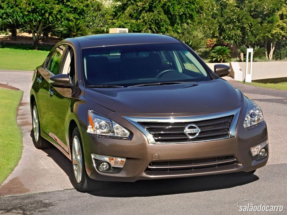Frente do Nissan Altima