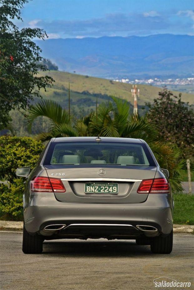 Mercedes-Benz Classe E - Traseira