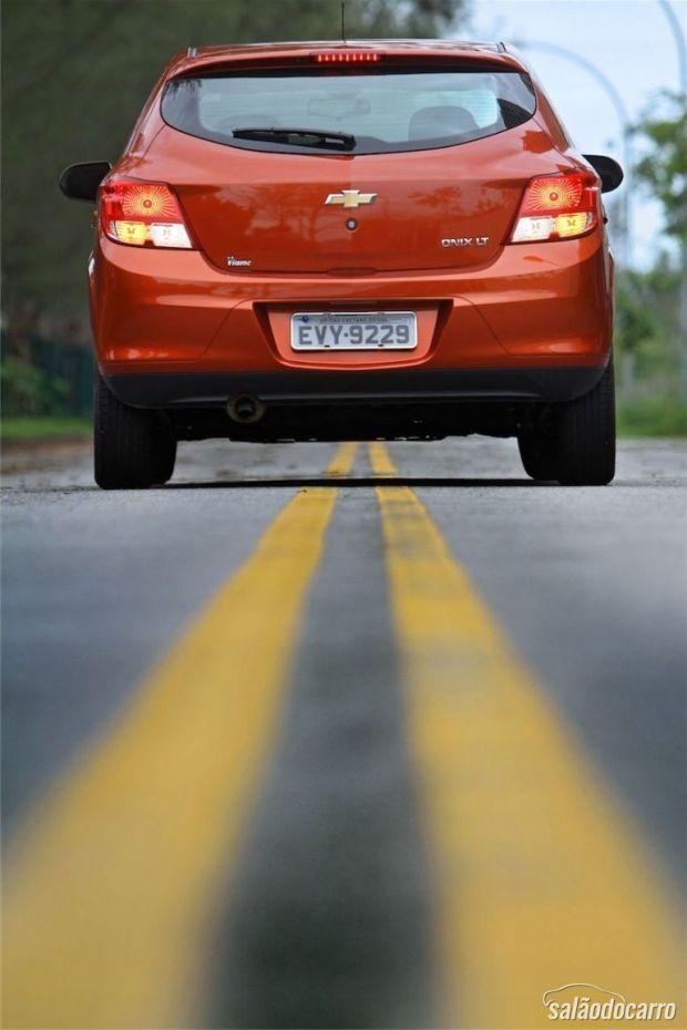 Chevrolet Onix 1.0 LT - Visão da traseira