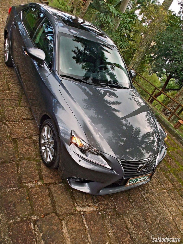 Novo Lexus IS