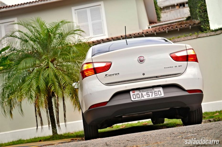 Fiat Grand Siena Sublime - Traseira