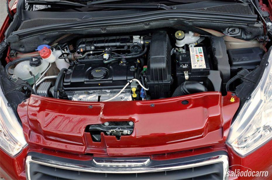 Peugeot 208 - Motor