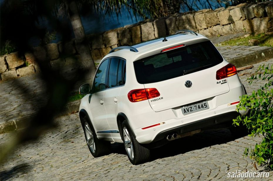 Volkswagen Tiguan R-Line - Traseira