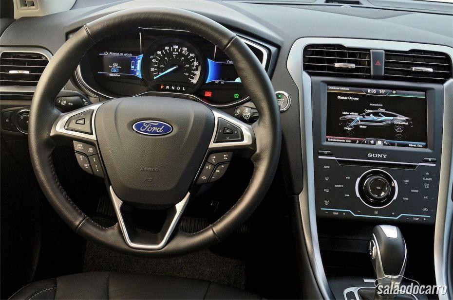 Ford Fusion Hybrid - Interior