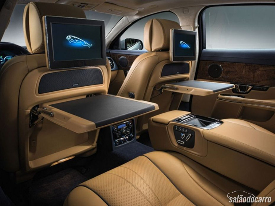 Jaguar XJ Sedan 2014