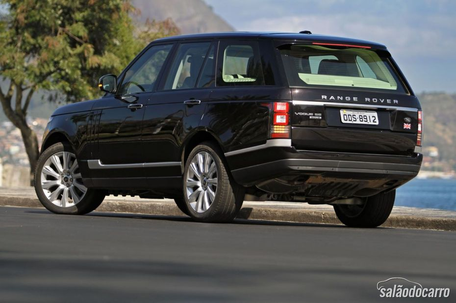 Traseira do Range Rover Vogue SE
