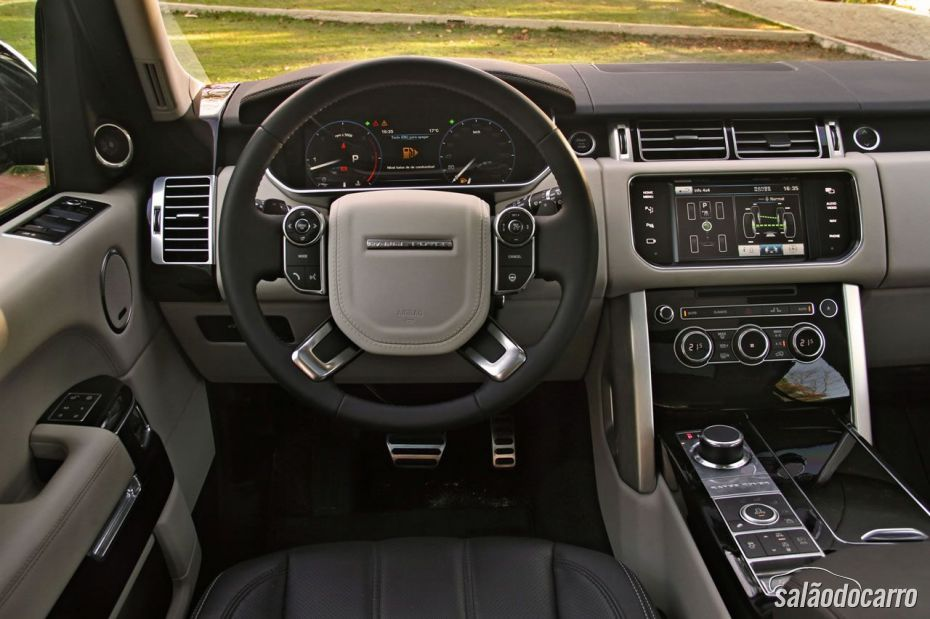 Interior do Range Rover Vogue SE
