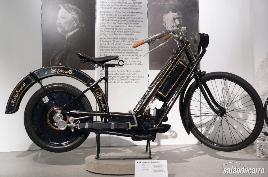 Primeira Moto do Mundo
