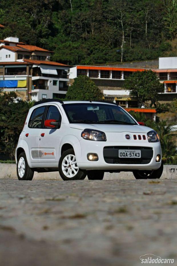 Fiat Uno College - Frente