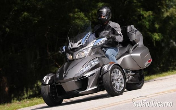 Triciclo BRP Can-Am Spyder RT 2014