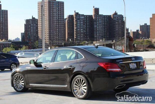 Hyundai Equus 4.6 V8