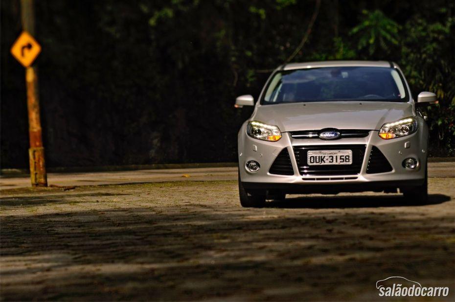 Ford Focus Titanium Powershift - Foto 1