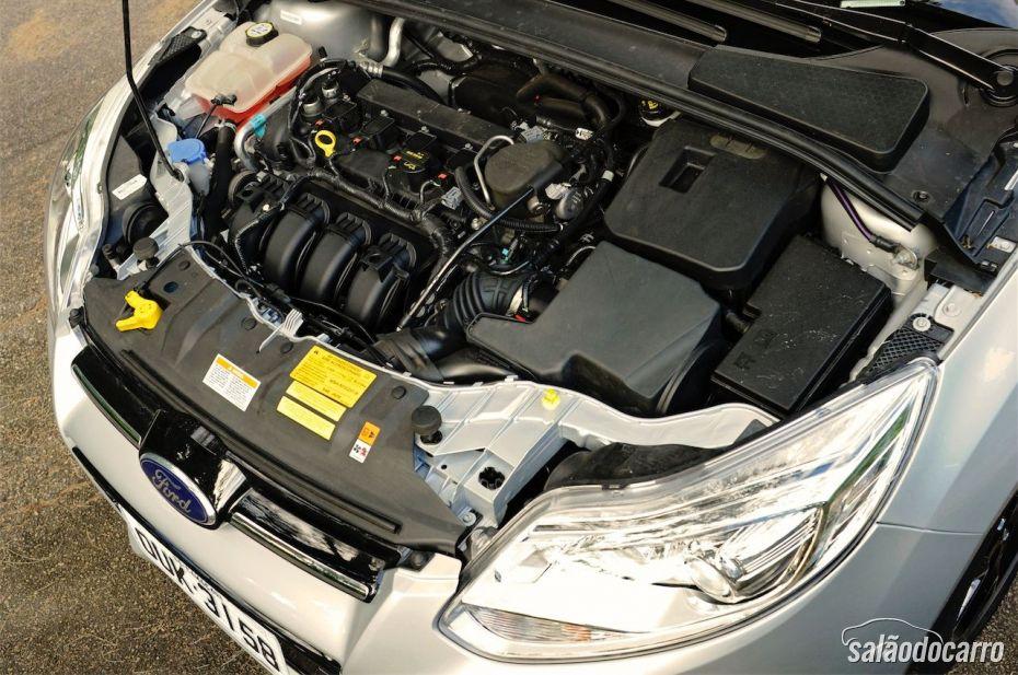 Ford Focus Titanium Powershift - Foto 6
