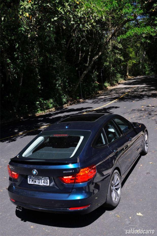 Visão de cima da BMW 328i