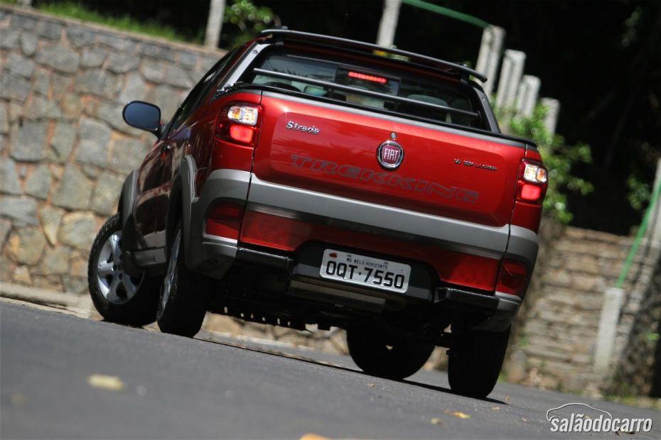 Fiat Strada Treeking CD 1.6 - Foto 4