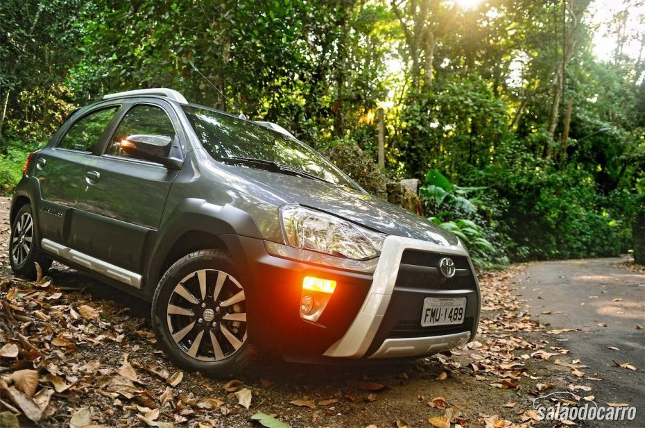Toyota Etios Cross - Foto 2