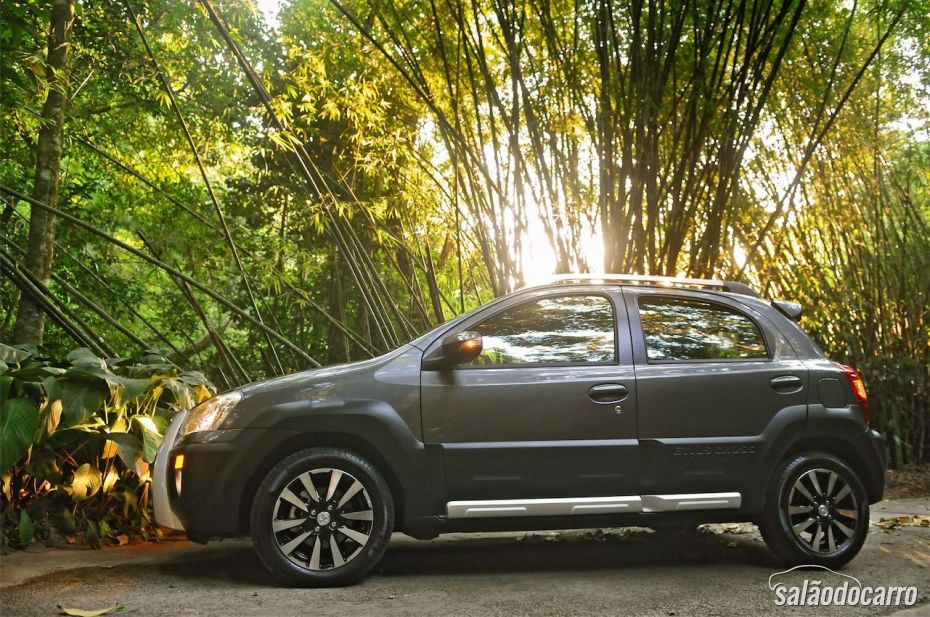 Toyota Etios Cross - Foto 3