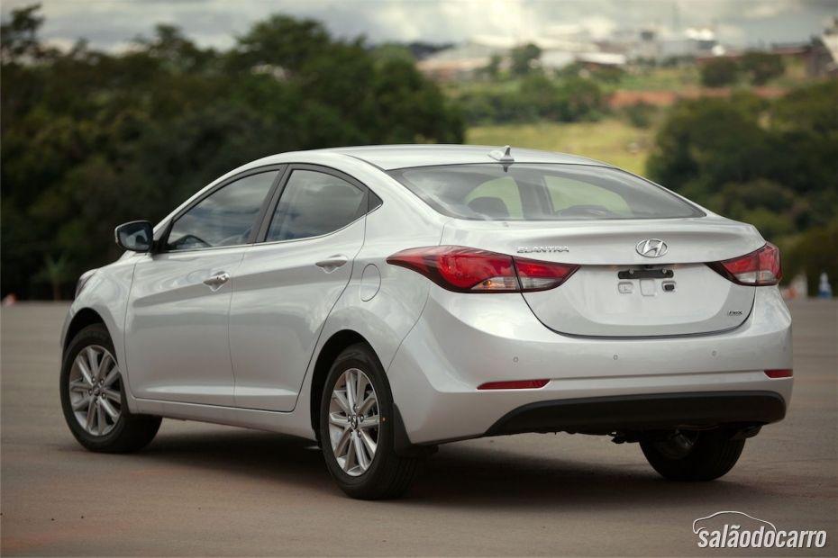 Traseira do novo Hyundai Elantra 2014