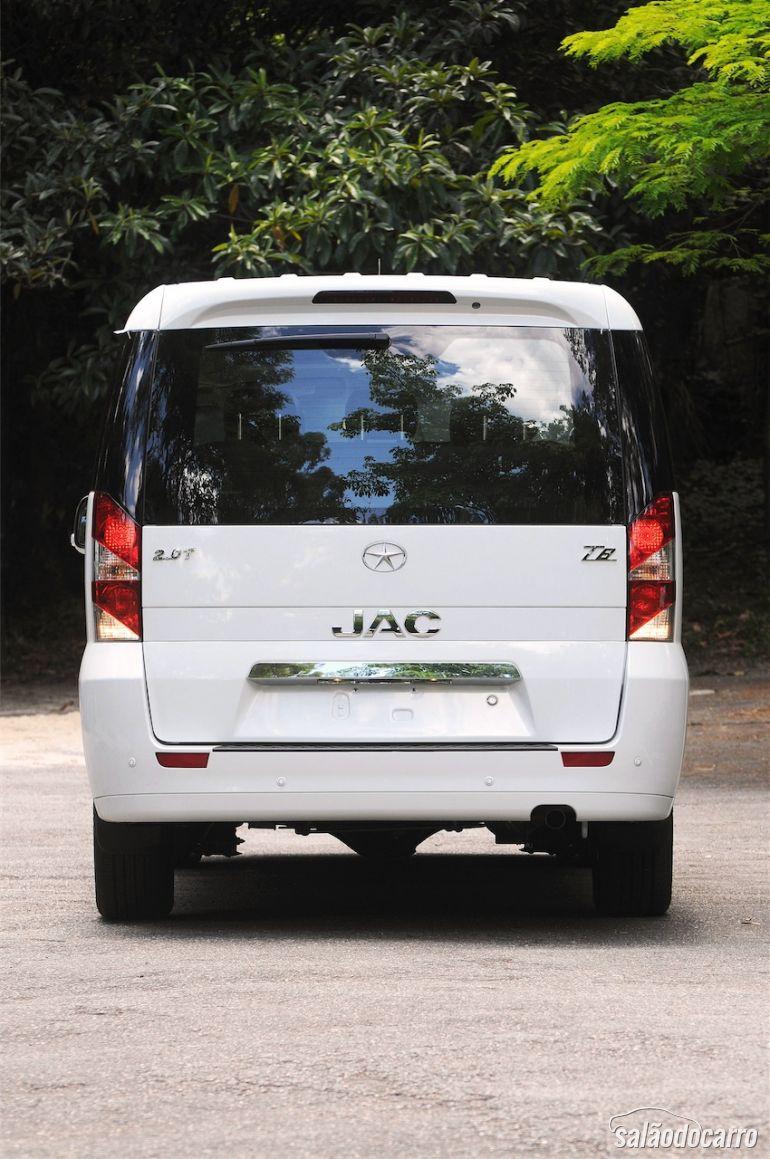 JAC T8